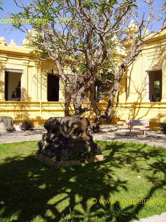 Danang-Musee_Champa-1. Entree_3.JPG