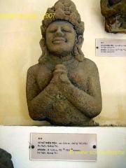 Danang-Musee_Champa-Apsara.JPG