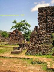 My Son-Ruine Champa