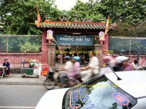 SAIGON - Chua Phuoc Hai 1.JPG