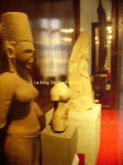 SAIGON-Fine_Arts_Museum_Statues_Champa.JPG