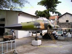 SAIGON-Musee_de_la_Guerre-Avion_US_3.JPG