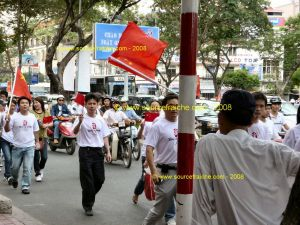 SAIGON-JO-2008-Flamme-Olympique-2