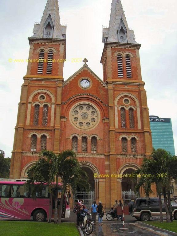 Saigon - Cathédrale Notre-Dame-de-Saigon